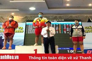 Cử tạ Thanh Hóa thi đấu thành công, phá 1 kỷ lục tại giải vô địch quốc gia 2020