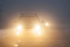 Lái xe gặp phải sương mù cần chú ý điều gì?