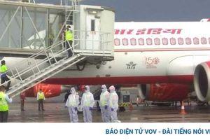 2 hãng hàng không Ấn Độ dừng bay tới Hong Kong vì hành khách mắc COVID-19