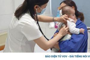 Cha mẹ không nên tự điều trị bệnh đường hô hấp cho trẻ