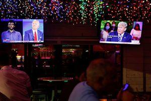 Joe Biden tiếp tục đánh bại ông Trump trong cuộc đối đầu gián tiếp thứ hai
