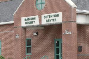 Reuters: 7571 người Mỹ chết trong tù vì tự tử hoặc bị đánh đập