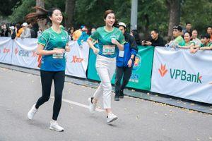 Dàn Hoa hậu nổi bật trên cung đường chạy giải VPBank Hanoi Marathon ASEAN 2020
