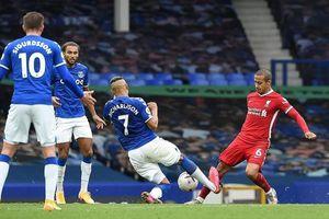 Liverpool hòa kịch tính trước Everton