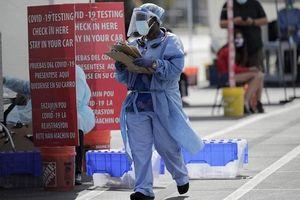 Số ca nhiễm tăng vọt, Mỹ đối mặt với 'làn sóng' dịch Covid-19 mới