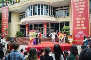Sinh viên Báo chí cháy hết mình trong ngày hội chào tân sinh viên