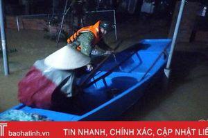 Hồ Kẻ Gỗ tăng lưu lượng xả, Cẩm Xuyên 'trắng đêm' sơ tán, di dời dân