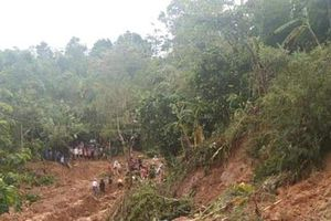 Tìm thấy thêm 4 thi thể trong vụ sạt lở ở Quảng Trị