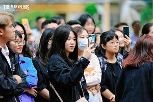 Sôi động ngày hội nhập học của tân sinh viên trường báo
