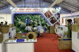 Kiên Giang tham gia Hội chợ hàng thủ công mỹ nghệ Hà Nội