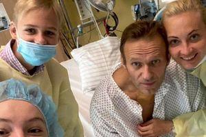 Ông Navalny trả lời đài Mỹ: 'Tôi bị đầu độc và tôi sắp chết'