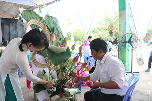 Hội thi cắm hoa nghệ thuật chủ đề: 'Đồng Tháp – Thuần khiết như hồn sen'