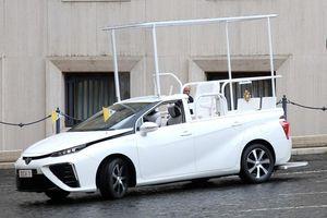 Chiếc xe mới nhất của Giáo hoàng chạy bằng khí hydro