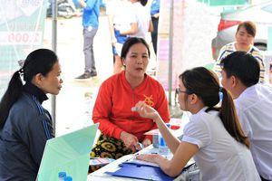 Tạo việc làm cho người dân vùng dự án