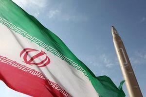 Iran 'dội gáo nước lạnh' vào vũ khí Nga bất chấp được dỡ bỏ cấm vận