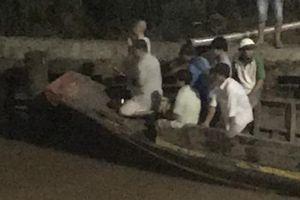 Bến Tre: Lật ghe trên sông Cái Quao, hai phụ nữ bị nước cuốn trôi