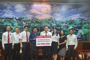 Cty CP Bảo hiểm Ngân hàng Nông nghiệp chung tay ủng hộ đồng bào miền Trung