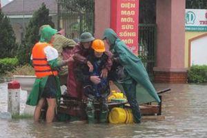Thành phố Hà Tĩnh ngập chìm trong đợt lũ lịch sử
