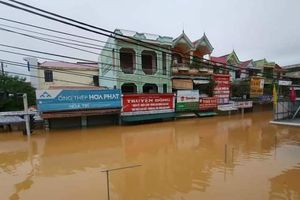 Quảng Bình: Mưa lũ khiến 100.000 nhà dân ngập, bác tin đồn vỡ đập