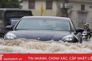 Kinh nghiệm lái xe trong ngày mưa bão
