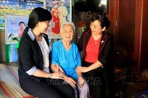 Nhân Ngày Phụ nữ Việt Nam 20/10: Đồng hành cùng phụ nữ vượt khó
