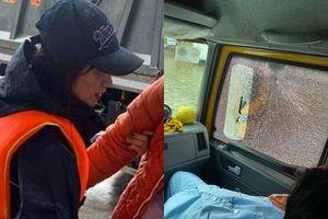 Cứu thai phụ trong mưa lũ, Hòa Minzy gặp sự cố bất ngờ