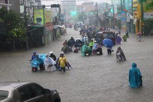 Thời tiết hôm nay 20/10: Các tỉnh miền Trung tiếp tục mưa to