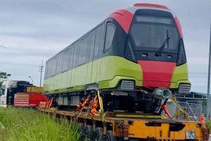 Đoàn tàu đầu tiên của tuyến metro Nhổn - ga Hà Nội đã lăn bánh tại Hà Nội