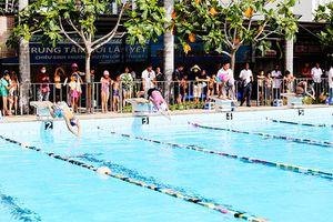 Phong trào bơi lội dần đi vào chiều sâu