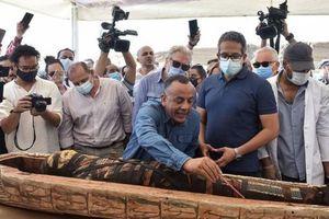 Sững sờ phát hiện 'báu vật' 4.000 năm tuổi trong quan tài cổ ở Ai Cập