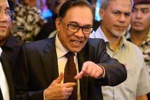 Malaysia: Cú 'chốt hạ' của ông Anwar