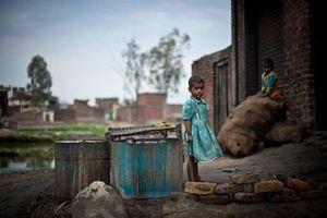 COVID-19 làm trầm trọng thêm tình trạng nghèo đói ở trẻ em