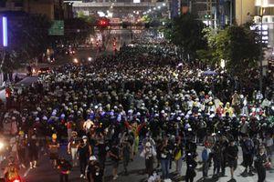 Phe biểu tình Thái ra tối hậu thư đòi thủ tướng từ chức