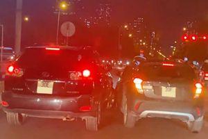 Lexus RX và VinFast Fadil đuổi nhau gây náo loạn thủ đô Hà Nội