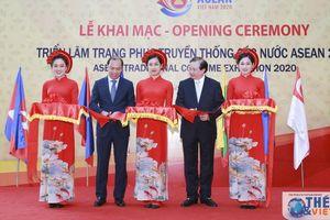 Khai mạc Triển lãm Trang phục truyền thống các nước ASEAN