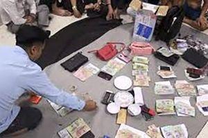 Đắk Lắk: Bắt đánh bạc, nghi sử dụng công nghệ cao