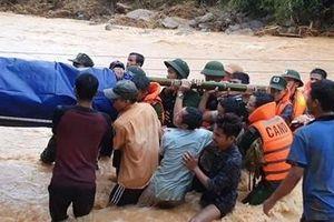 Cận cảnh hành trình băng rừng, lội suối tìm kiếm thi thể Đại úy Trương Văn Thắng