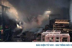 Cháy xưởng sơn trong khu công nghiệp Bình Chiểu, TP.HCM