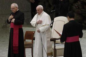 Lần đầu tiên Giáo hoàng ủng hộ kết hợp dân sự giữa người đồng tính