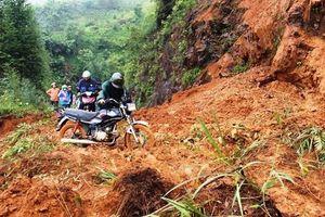 Nguy cơ cao sạt lở đất ở vùng núi Hà Tĩnh, Quảng Bình