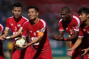 Viettel hưởng lợi trong cuộc đua tới ngôi vô địch V-League 2020