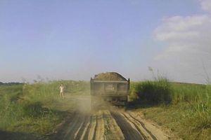 Phú Thọ: Ai 'chống lưng' cho cát tặc lộng hành?