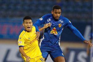 V.League 2020: Trọng tài biên trận Quảng Nam - DNH Nam Định bị treo cờ