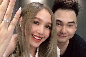 'Streamer giàu nhất Việt Nam' chốt ngày cưới bạn gái 18 tuổi