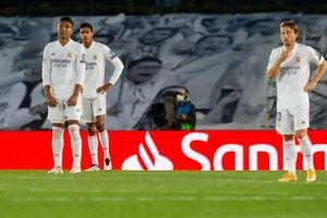Cú sốc ở Champions League: 'Kền kền trắng' gãy cánh tại Alfredo Di Stefano