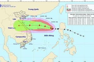 Bão số 8 tiến vào biển Đông, gió giật cấp 14