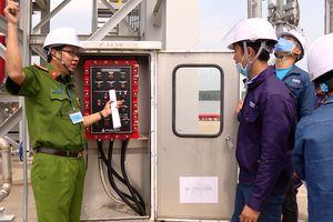 Kiểm tra an toàn phòng cháy chữa cháy và cứu nạn cứu hộ đối với doanh nghiệp sản xuất hóa chất
