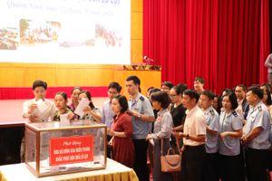 Quảng Ninh phát động ủng hộ đồng bào miền Trung khắc phục hậu quả lũ lụt