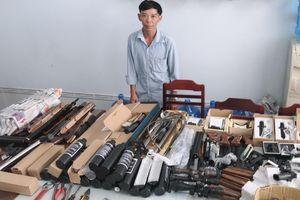 Người đàn ông bán súng săn qua mạng
