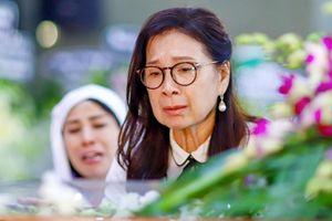 Nước mắt nghệ sĩ trong lễ tang NSND Lý Huỳnh